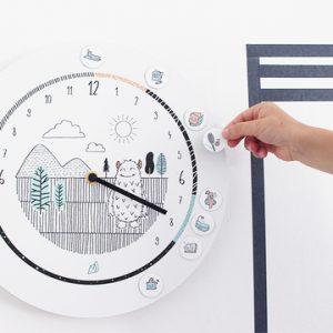 L'horloge formidable : L'outil ingénieux pour aider les enfants à se repérer dans le temps !